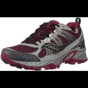 Saucony Womens Escape TR4 Running Shoe Size 5.5